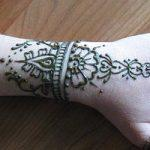 Mehndi Design for Wrist