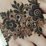 Mehndi design for backhand