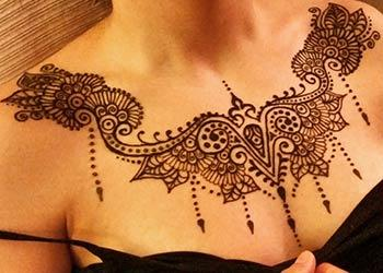 1894e1c59 Above Chest Mehndi designs – Part 3 - Mehndi Design