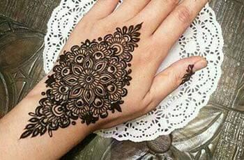 Mehndi Designs for Wrist